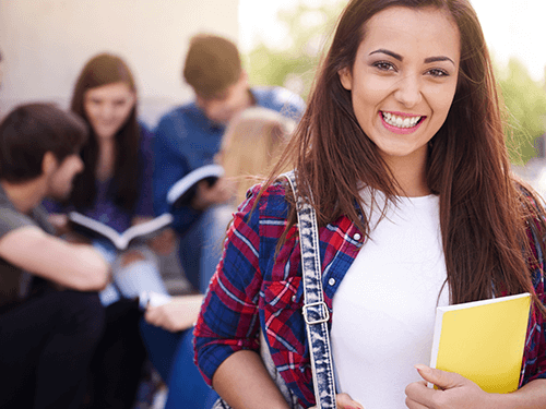Hur lånar jag pengar som student?